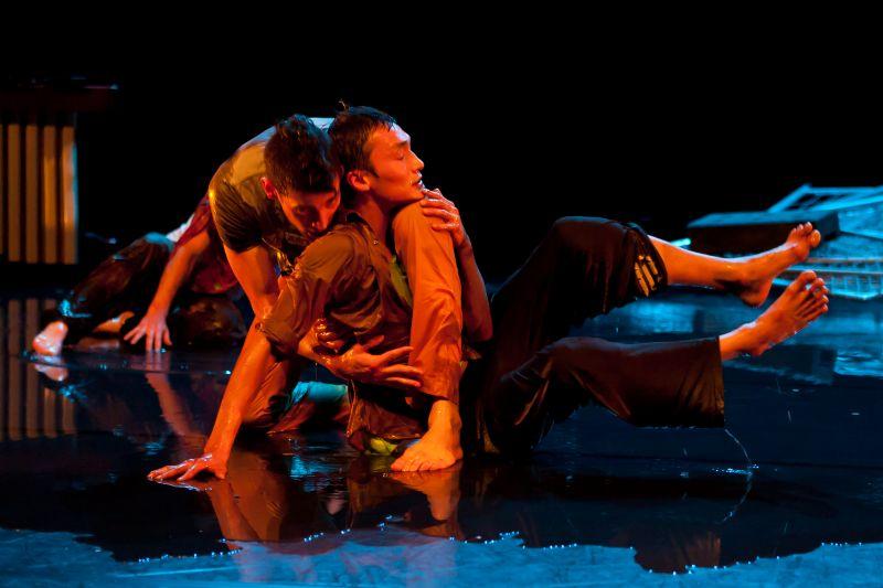 k.dance-2012-08-24-1668-46118d652abb2c630bdc315870ad33b1